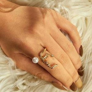 3/$30 Faux Pearl & Face Ring